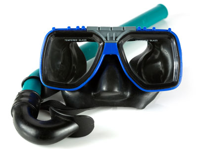 How do scuba divers sink?