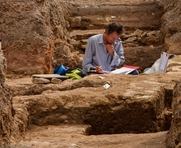 Archaeologist working at the site where Richard III was discovered